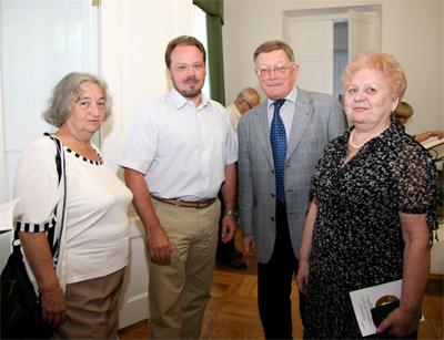 И.Е. Гитович, К.В. Бобков, В.Б. Катаев, Е.П. Коноплева